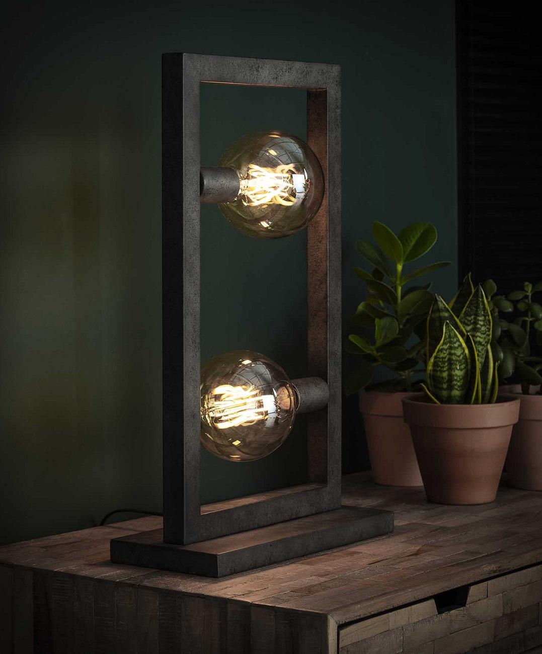 Tafellamp Steps 55 cm hoog in oud zilver
