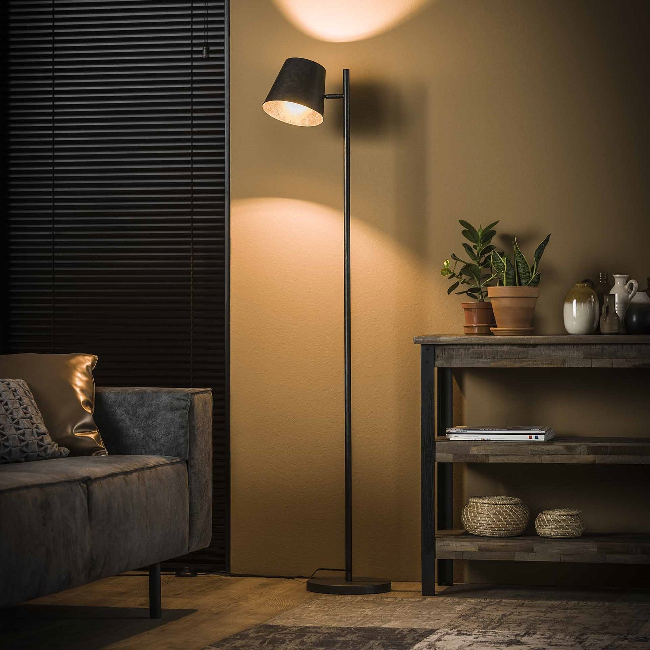 Vloerlamp Class 157 cm hoog in Charcoal